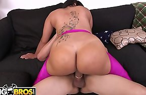BANGBROS - Chunky Booty Chonga Angelica Fucked Hardcore By Bruno Dickemz